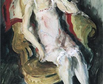 Femme assise dans un intérieur